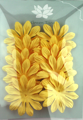 6cm Petals, Soft Yellow Pack of 10