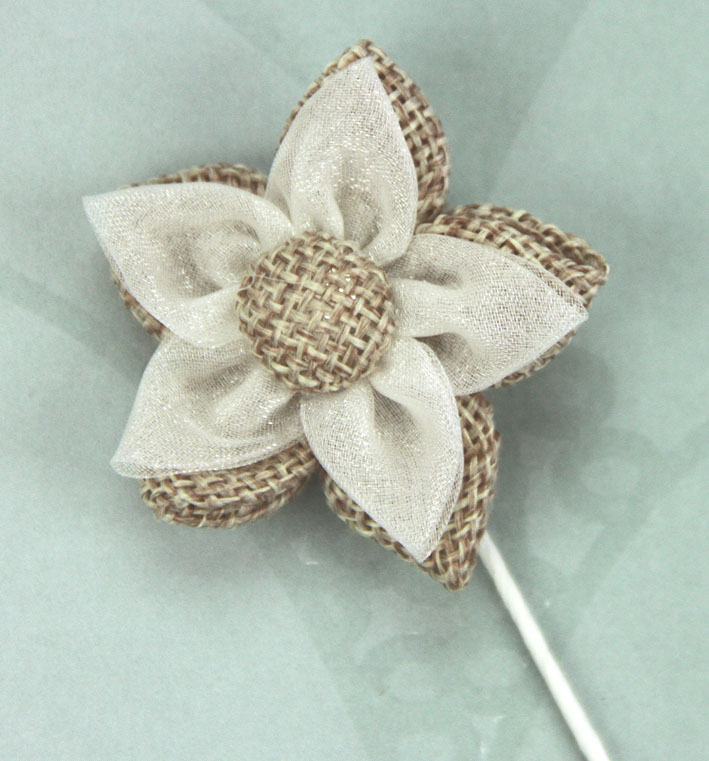 5cm Burlap/Organza Star Flower Retail Pack