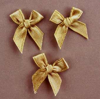 Pack of 100 2cm Bows. Gold colour.