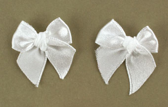 Pack of 50 3cm Bows. Bright White.
