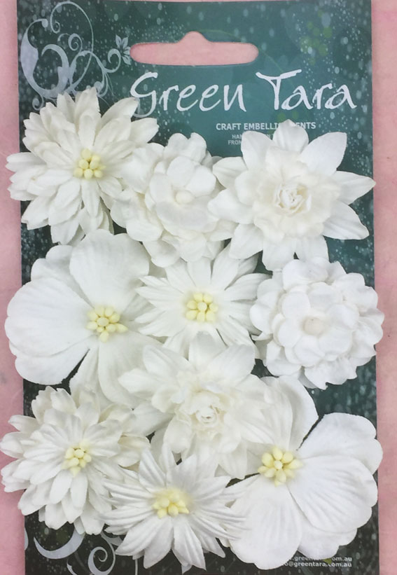 *NEW* Cornflowers Pack of 10 Co-ordinated Flowers White
