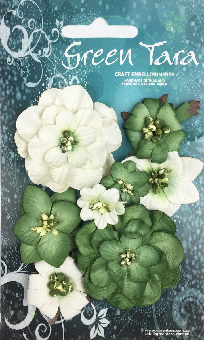 *NEW* Fantasy Blooms - Pack of 8 Co-ordinated Flowers, GREEN