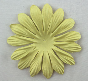 10cm petals. Pale Green Pack of 25.