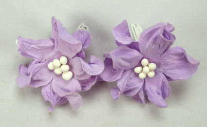 100 Lilac Apple Blossoms
