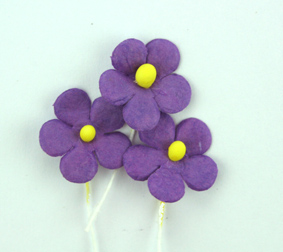 100 Flowers 1.5cm Purple