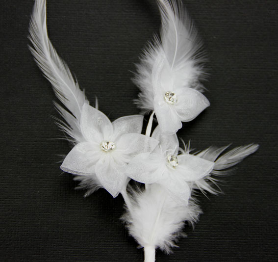 23cm Silk Diamante with Feather Spray White