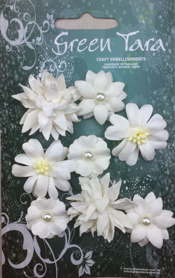 8 Rustic Flowers White
