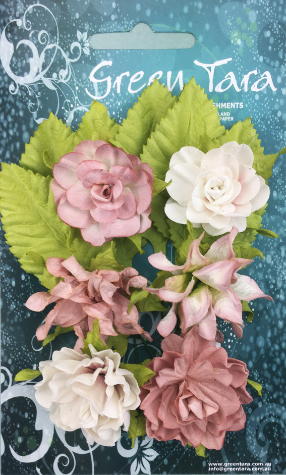 Tea Roses Pack of 6 Co-ordinated Roses 3cm with Leaves Beige