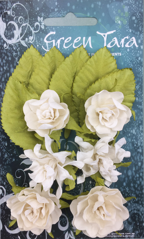 Tea Roses Pack of 6 Co-ordinated Roses 3cm with Leaves White