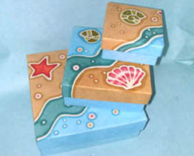 Set of 3 Stacking 'Seashell' Design Boxes