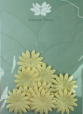 4cm Petals. Cream. Pack of 10
