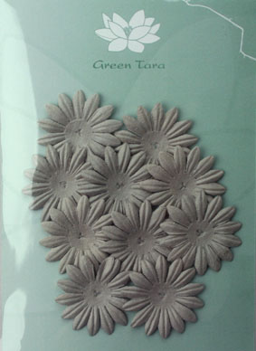 4cm Petals. Silver Grey. Pack of 10