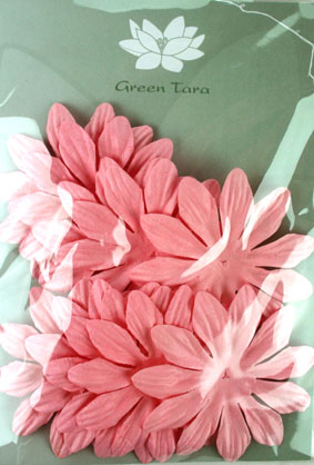 7cm Petals, Pink. Pack of 10