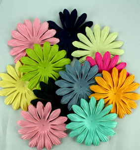 10cm petals. Entire range 50 colours. Packs of 25