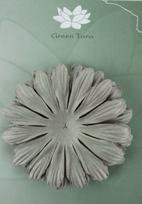 10cm petals. Silver Grey Pack of 5.