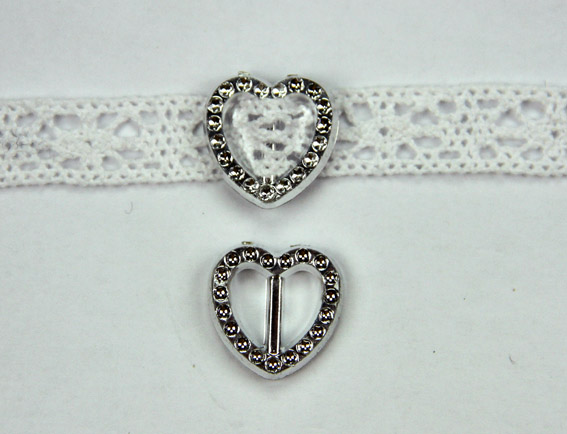 Acrylic Silver Buckle Heart 1.9cm Pack of 25.