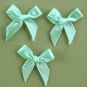 Pack of 100 2cm Bows. Aqua.
