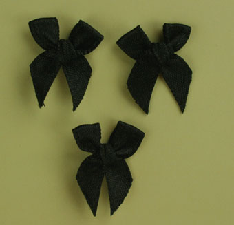 Pack of 100 2cm Bows. Black.