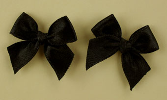 Pack of 50 3cm Bows. Black.