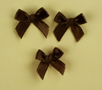 Pack of 100 2cm Bows. Dark Brown.