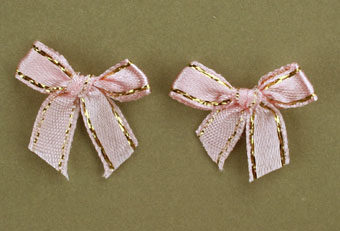 Pack of 100 2cm Bows. Pink and Gold.