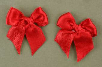 Pack of 50 3cm Bows. Red.