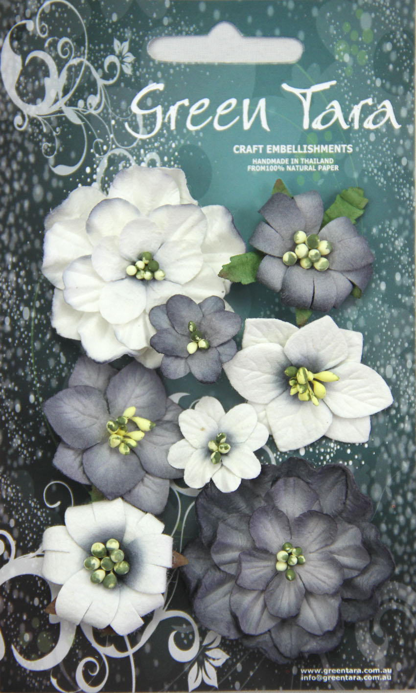 Fantasy Blooms - Pack of 8 Co-ordinated Flowers, BLACK/WHITE