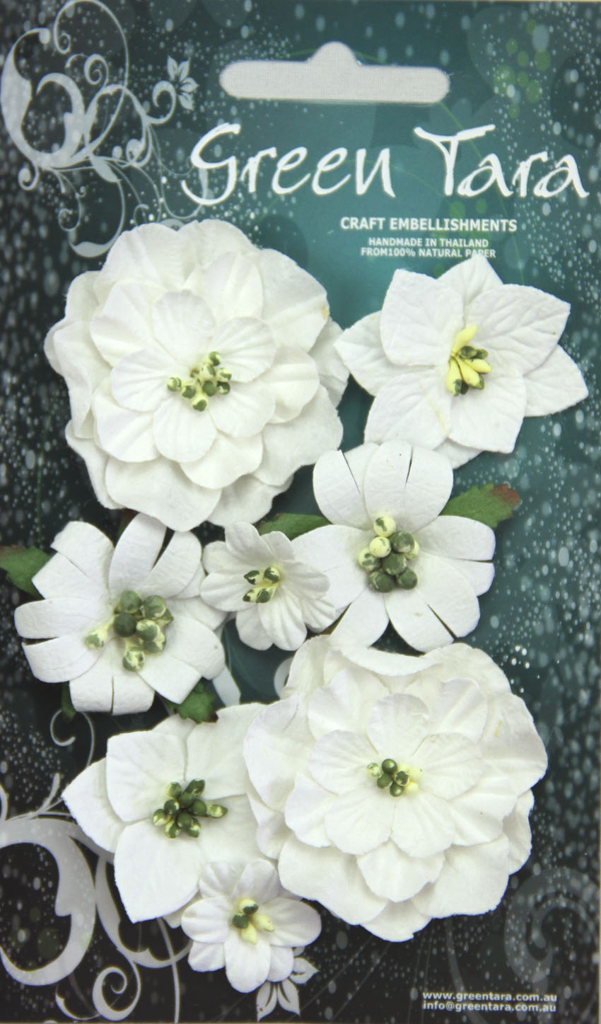 Fantasy Blooms - Pack of 8 Co-ordinated Flowers, WHITE