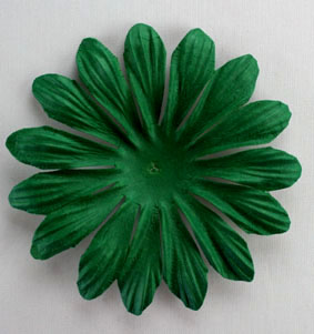 10cm petals. Xmas Green Pack of 25.
