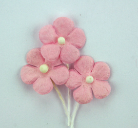 100 Flowers 1.5cm Pale Pink