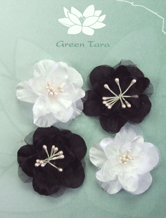 Fabric Flowers Heirloom Small Black/White Pack
