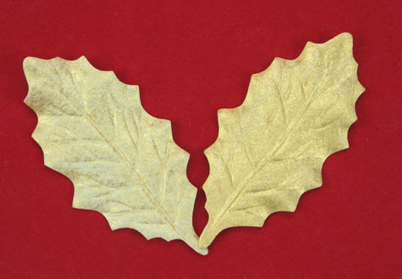 100 Holly Leaves 6cm Yellow Gold