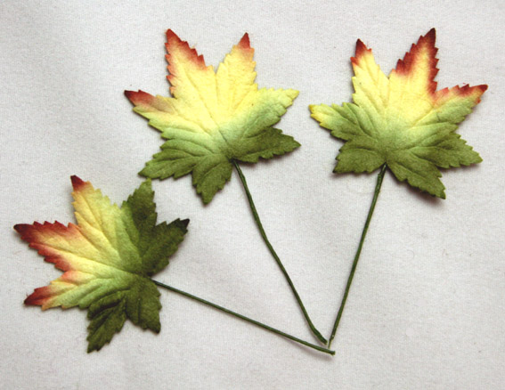 100 Maple Leaves Multi Colour 3cm