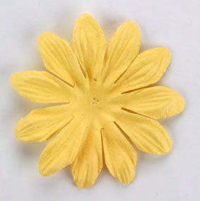 6cm Petals, Soft Yellow