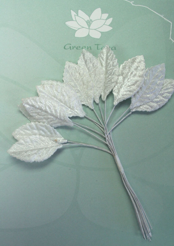 Velvet Leaves 3cm White