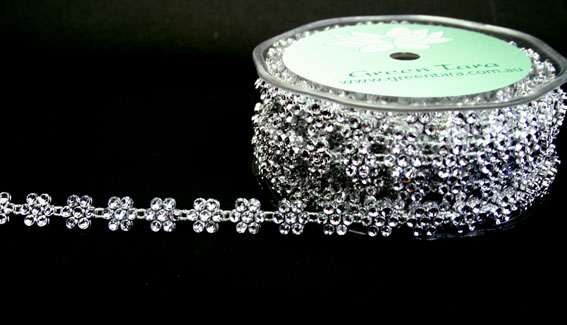 10mm Flower Silver Diamante Trim 10m