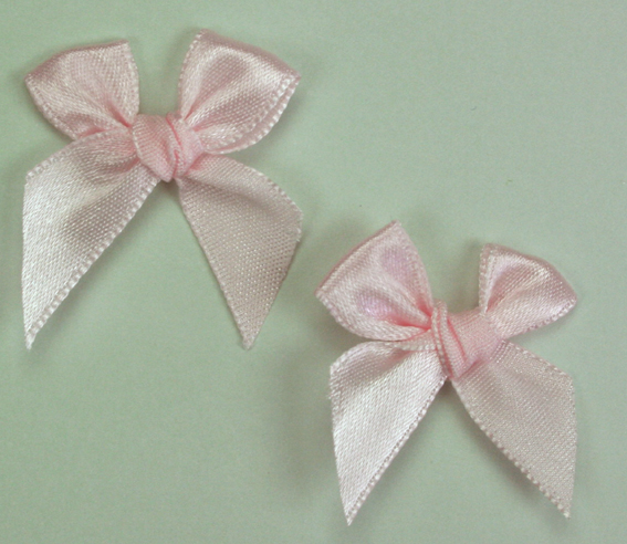 Pack of 50 3cm Bows. Pale Pink