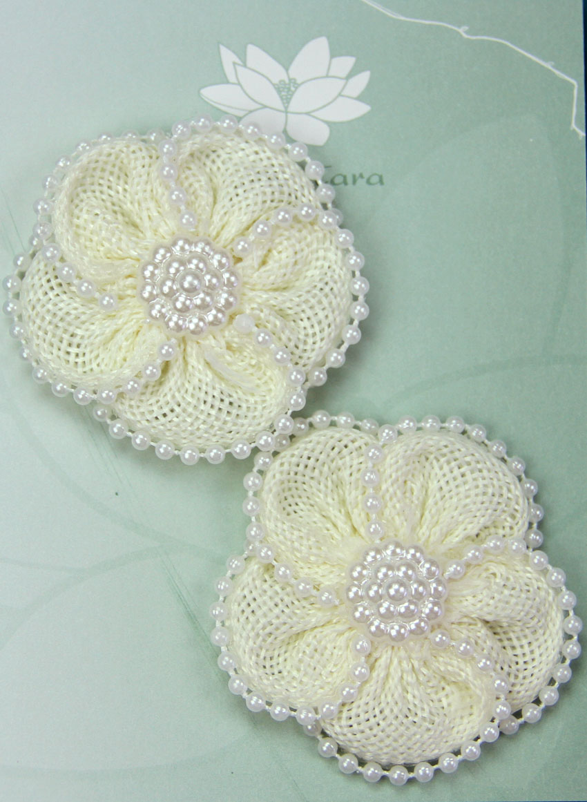 5cm Burlap Daisy with Pearl Edge Retail 2 Pack