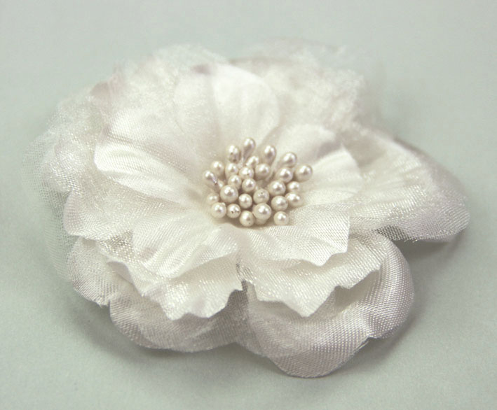 **NEW** Heirloom 6.5cm Silk and Organza Flowers Ivory 12 pcs