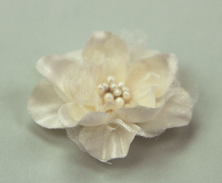 **NEW** Heirloom 4cm Silk and Organza 12pcs Cream