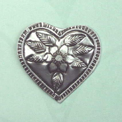 100 Metal Embellishments Hearts  2.5cm