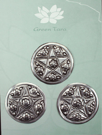 Pack of 3 Metal Embellishments. Flower  4cm