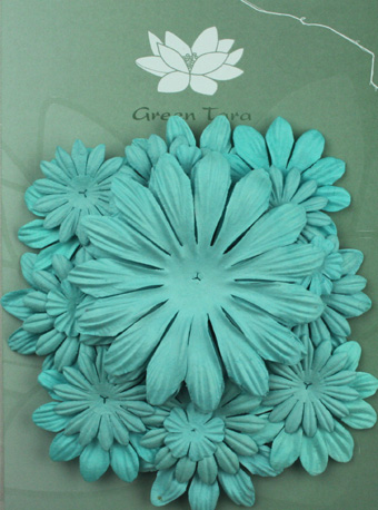 Pack of 22 mixed petals, Sky Blue