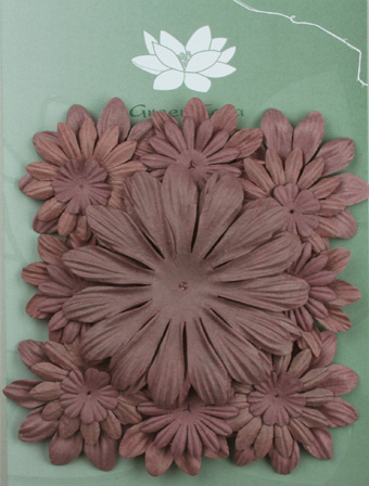 Pack of 22 mixed petals, Dusky Mauve