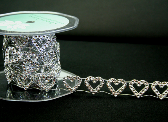 18mm Heart Silver Diamante Trim 9m