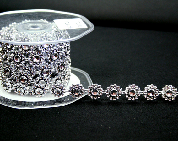 14mm Round Silver Diamante Trim 10m