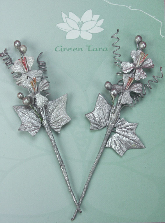 Xmas Bouquet Silver 10cm. Retail pack of 2.
