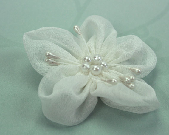 Sakura 5cm Silk and Pearl Flowers White 12 pcs