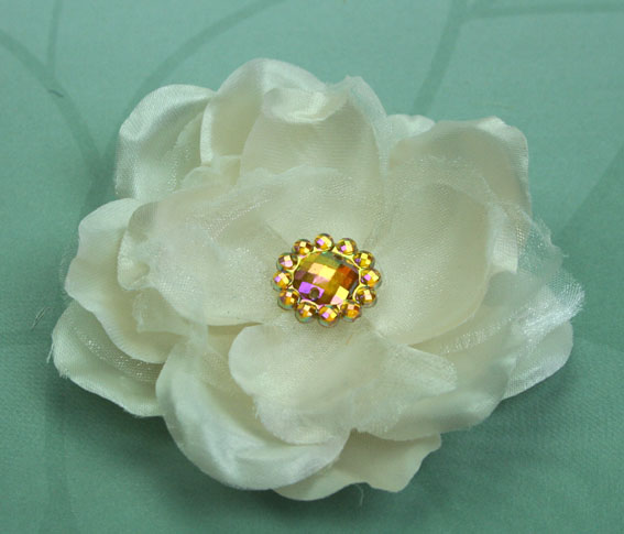 Wild Rose 7cm Silk and Organza Flower 12 pcs Ivory