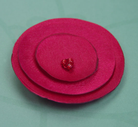 Lollipop 4.5cm Satin Flowers 12 pcs Red